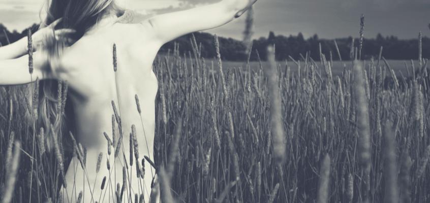 Selbstliebe lernen – 5 Verhaltensweisen, die Gift für dich sind und wie du sie änderst